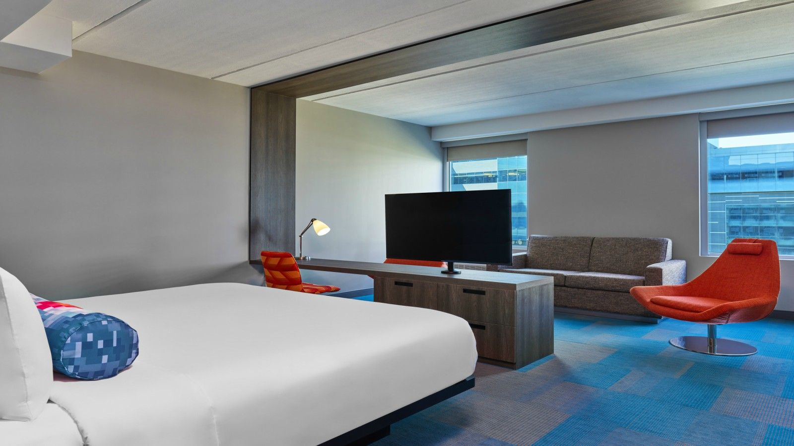 Richardson Accommodations - Aloft Suite